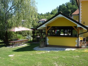 Točilni paviljon
